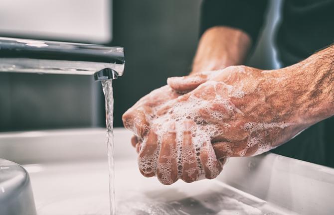 Hände waschen in der Zeit der Corona-Pandemie